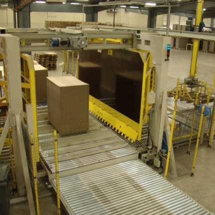 Full automatic pallet inserter device (PID)